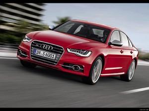 Audi s6 usata rossa